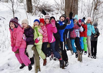 dzieci-zima-rodzina-mazury-folwark-łękuk
