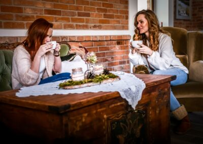 Restauracja kawa z przyjaciółką