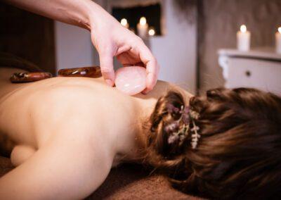 SPA masaż kamieniami