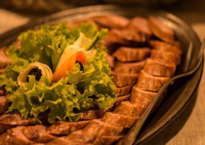 jedzenie-przystawki-restauracja-hotel-mazury