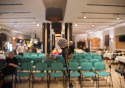 Konferencja na Mazurach