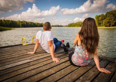 Romantyczny wyjazd nad jezioro