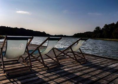 Wakacje, Leżaki na plaży, Leżaki nad jeziorem
