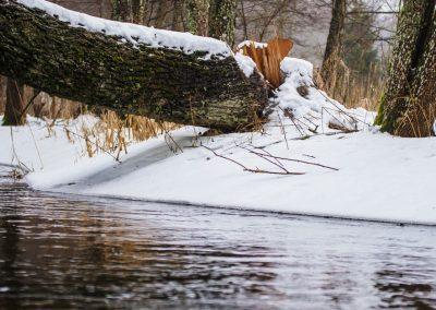 Rzeka łaźna struga